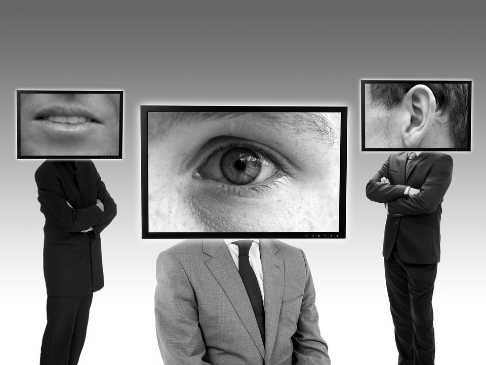 vigilancia en comunidades de vecinos con alarma receptora propia
