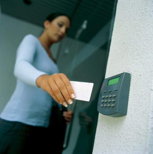 control-accesos-tarjeta-esvision-soluciones